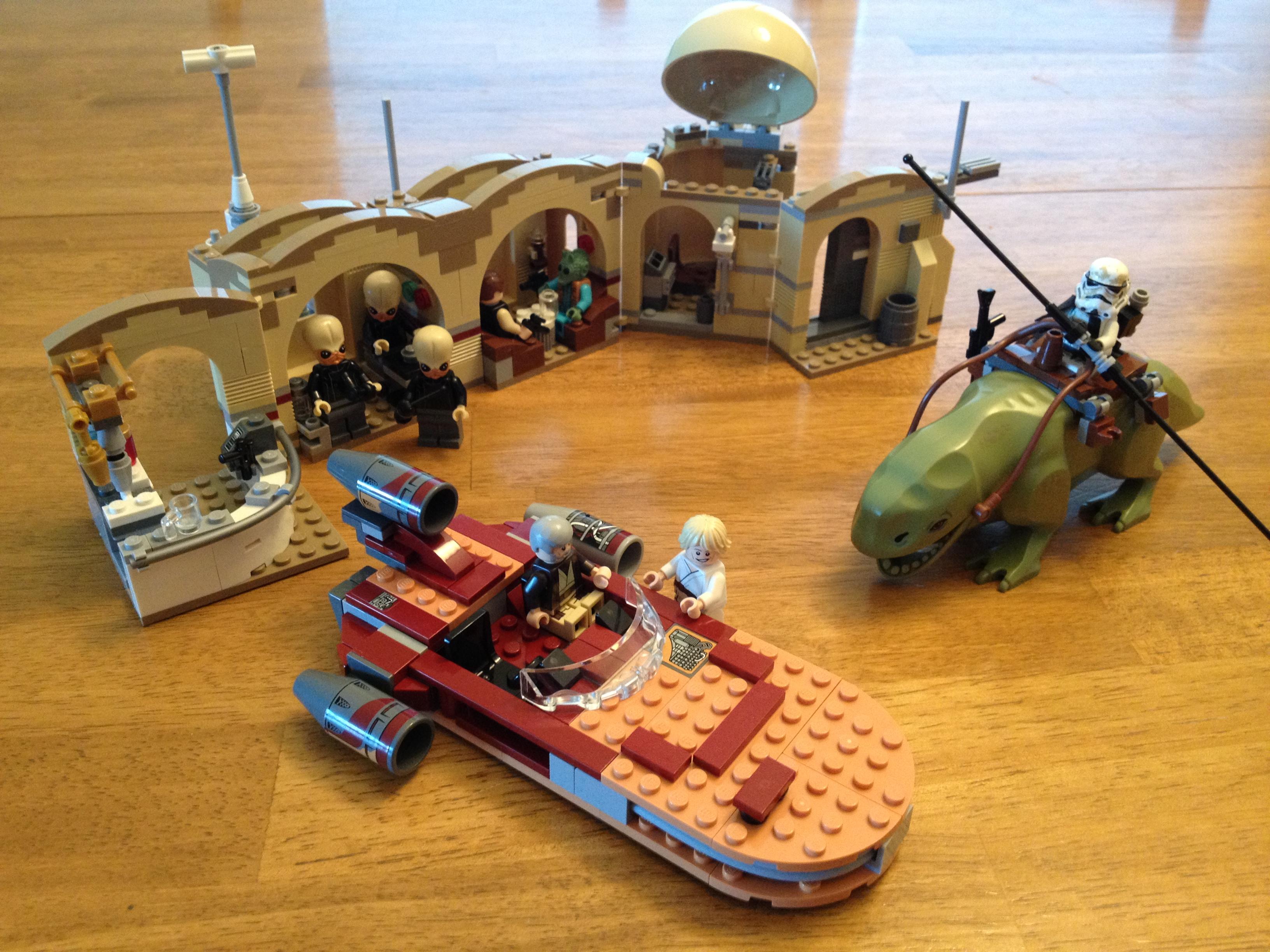 Lego Star Wars Mos Eisley Cantina 75052 Brick Radar